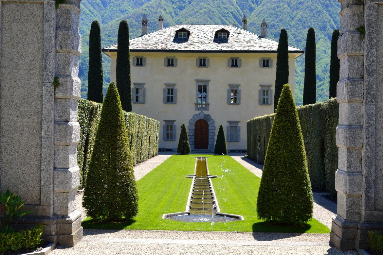 Villa LARIANA